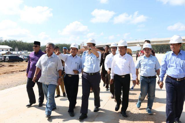 Ketua DPD RI Tinjau Pembangunan JTTS