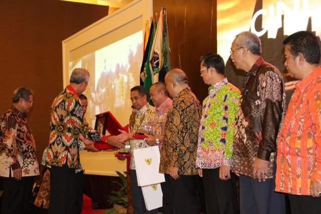 Rapat Kerja Gubernur Berikan Informasi Pangan dan Penanganan Inflasi Dalam Forum Kerjasama Daerah Mitra Praja Utama