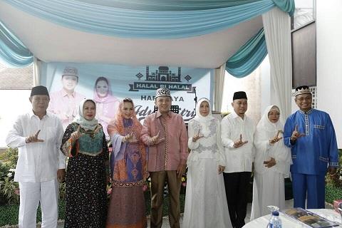 Gubernur Ridho, Idulfitri Momen Membangun Persaudaraan Umat Beragama