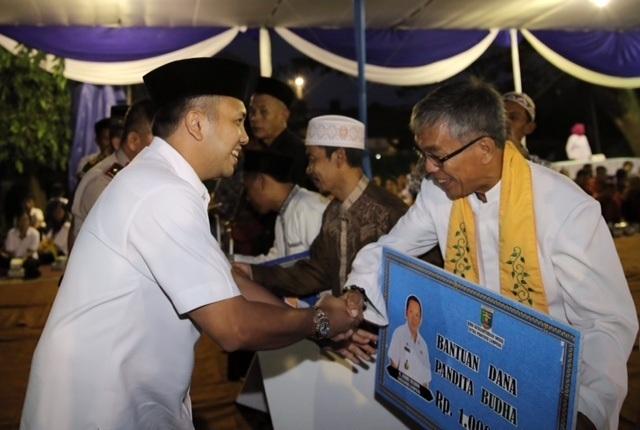 Gubernur Ridho Serahkan Dana Insentif Umat Beragama Lampung