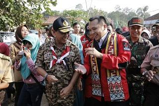 Terpisah 65 Tahun, Gubernur Ridho Satukan Desa Rulung Mulya-Batanghari Ogan
